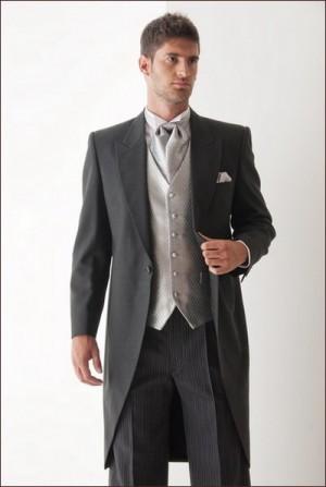 traje de novio en perfecto estado de la casa blanca fidanzato