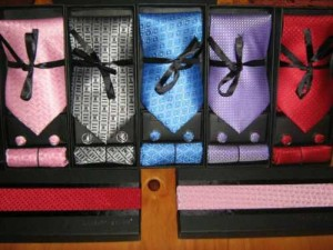 corbata + pañuelo + colleras /$5500/elegantes laurnt benon