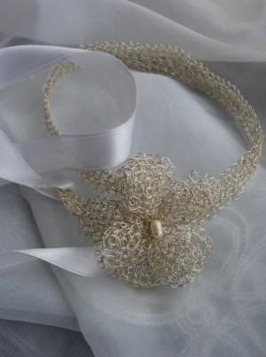 tocados, tiaras, horquillas y accesorios,en hilos de plata pura