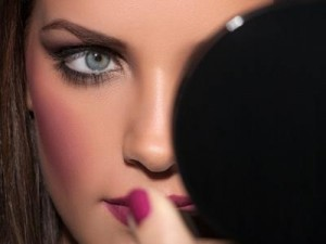 peluqueria peinados maquillaje novias pestañas manicure pedicure depil