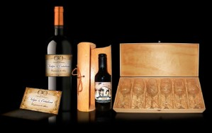 vinos en miniatura con etiqueta personalizada para matrimonio