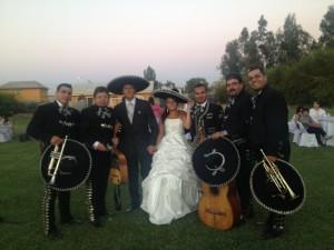 mariachis y serenatas en vivo por santiago