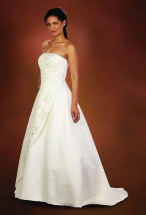 vestido de novia casa blanca talla 40, con zapatos a $145.000