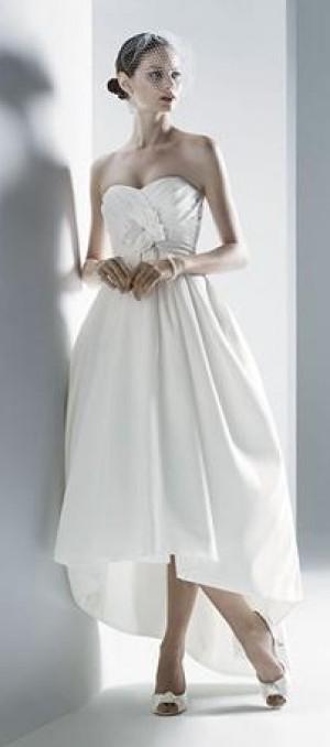 Vestidos novia corto adelante largo detras