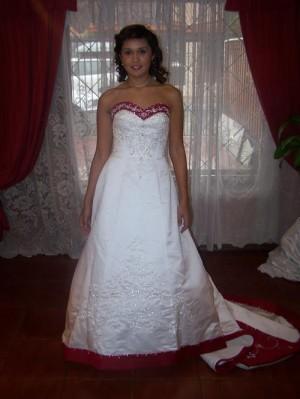 arriendo vestidos de novias