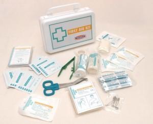 medicamentos botiquin utencilios para primeros auxilios