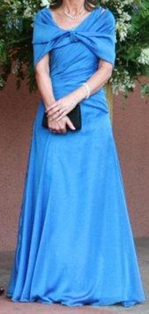 4e864082f0 Vendo precioso vestido de madrina usado Azul con una sola manga - 14 ...