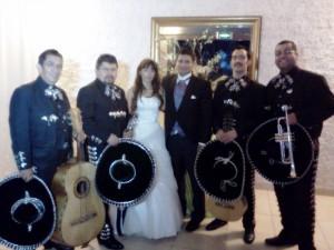 regala serenatas,mariachis,charros en chile sal y tequila