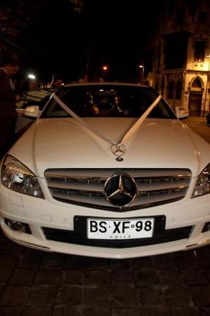 arriendo autos para matrimonios novios eventos con chofer