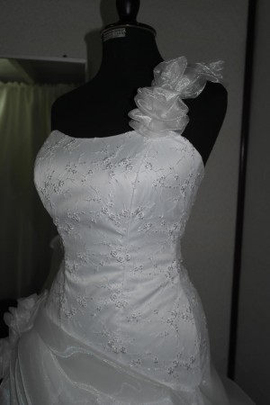 hermosos vestidos de novia a medida, tallas especiales