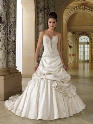 limpieza y planchado de vestidos de novia y fiesta