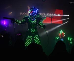 robot led entretenimiento para matrimonios show de baile cotillon